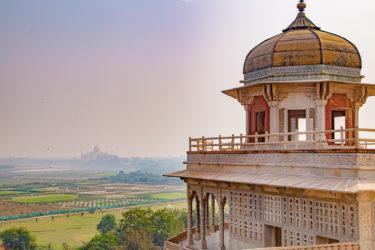 【インド・主要4都市】幼馴染と二人旅、始めます。TIPTIP野郎達に負けないインド観光4大都市を巡る〜アグラ編〜